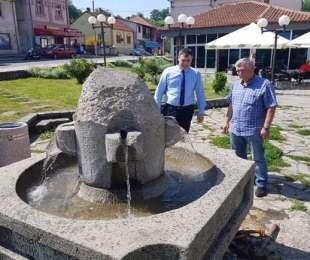 Прорадила фонтана на Руднику
